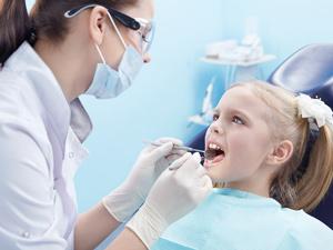 с-зубами-у-детей-как-определить-лечить-и-в-чем-заключается-профилактика