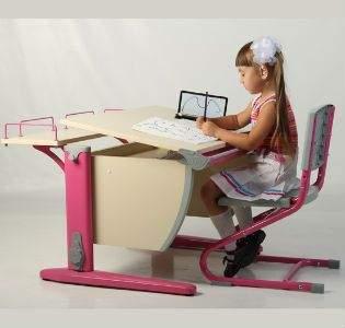 важен-выбор-письменного-стола-для-школьника